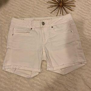 Like New American Eagle Jean Shorts White Size 2